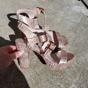 Vince Camuto Leather Column Heel Sandals size 8M